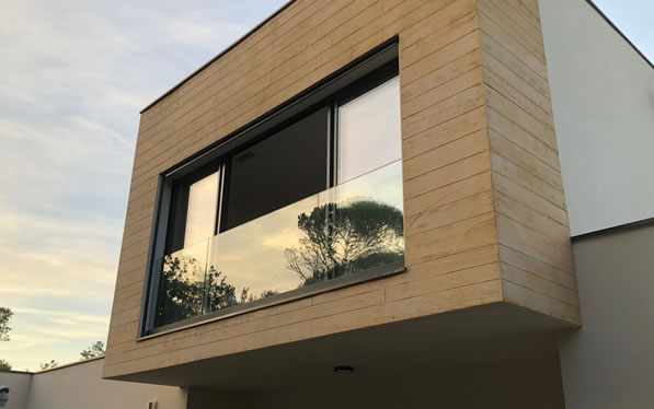 allège de fenêtre sur baie vitrée