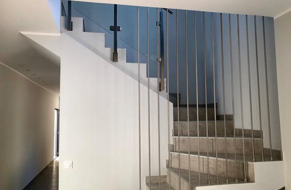garde-corps modèle harpe sur un escalier